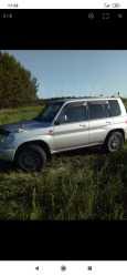 Mitsubishi Pajero iO, 2001 год, 295 000 руб.