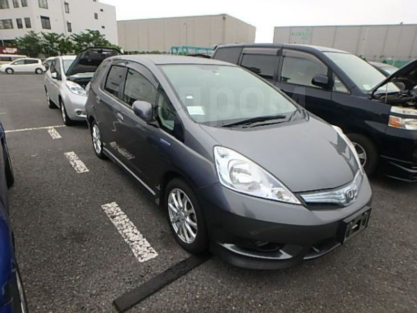 Honda Fit Shuttle, 2012 год, 695 000 руб.