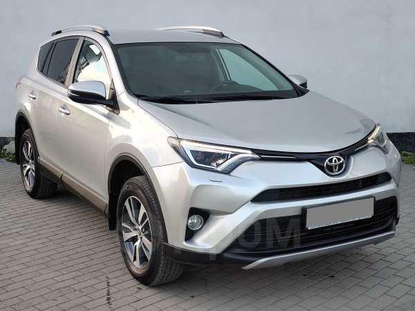 Toyota RAV4, 2018 год, 1 645 000 руб.