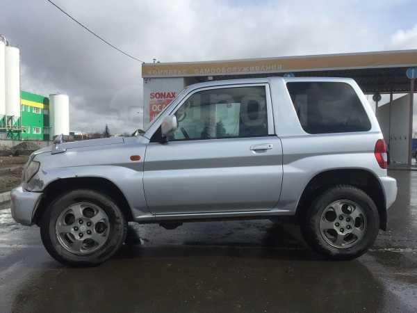 Mitsubishi Pajero iO, 2000 год, 230 000 руб.