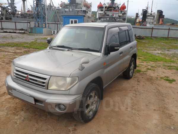 Mitsubishi Pajero iO, 2000 год, 200 000 руб.
