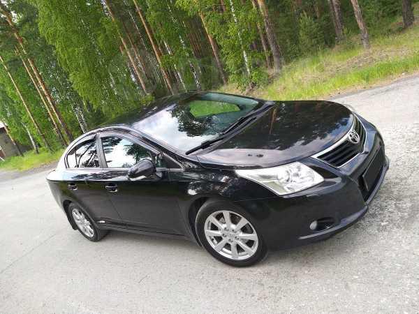 Toyota Avensis, 2009 год, 615 000 руб.