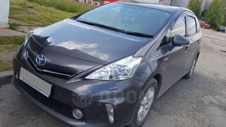 Toyota Prius a, 2012 год, 915 000 руб.