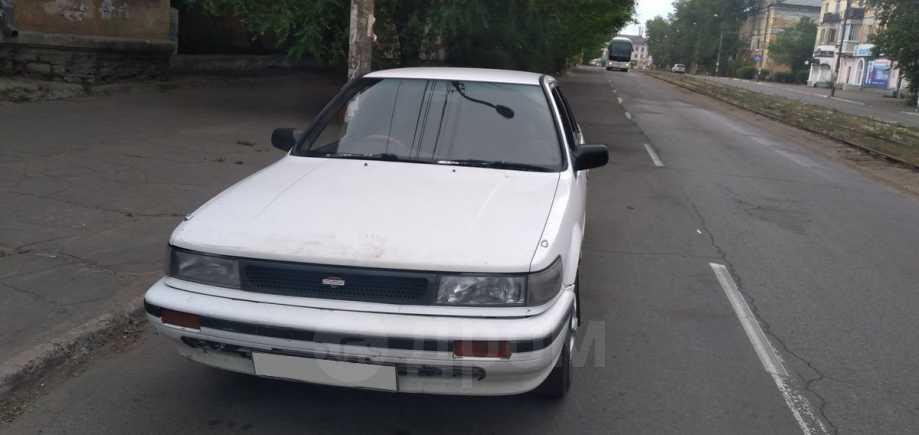 Nissan Bluebird, 1988 год, 100 000 руб.