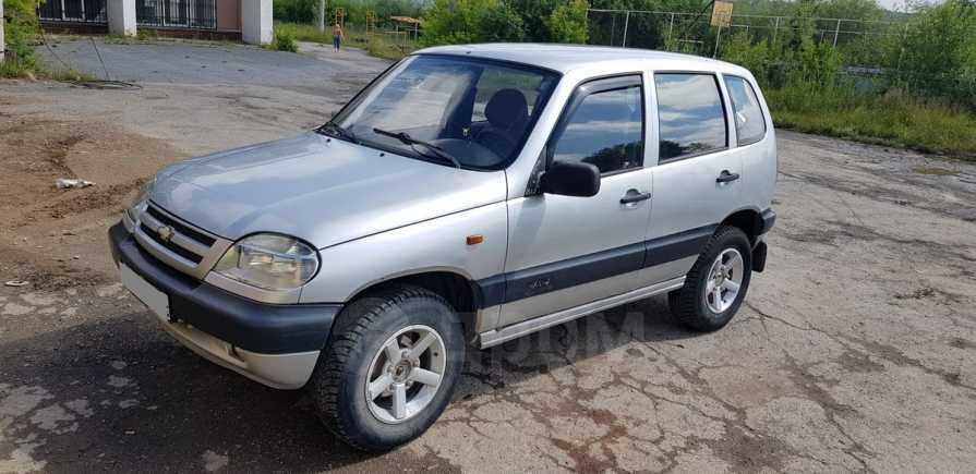 Chevrolet Niva, 2004 год, 135 000 руб.