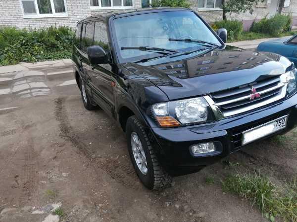 Mitsubishi Pajero, 2000 год, 330 000 руб.