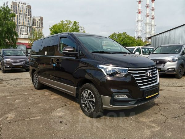 Hyundai Grand Starex, 2018 год, 2 690 000 руб.