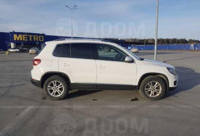 Volkswagen Tiguan, 2012 год, 815 000 руб.
