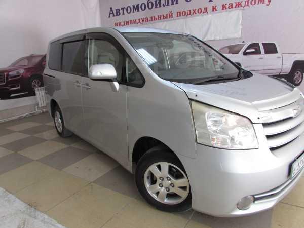Toyota Noah, 2008 год, 785 000 руб.