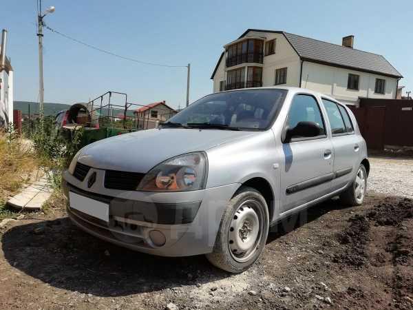 Renault Clio, 2004 год, 210 000 руб.