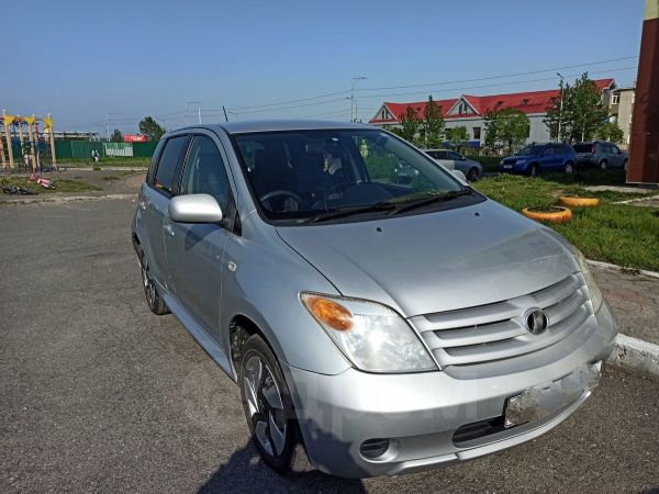 Toyota ist, 2005 год, 400 000 руб.