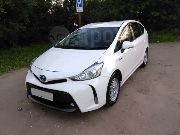 Toyota Prius a, 2015 год, 1 165 000 руб.