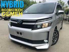 Владивосток Toyota Voxy 2015