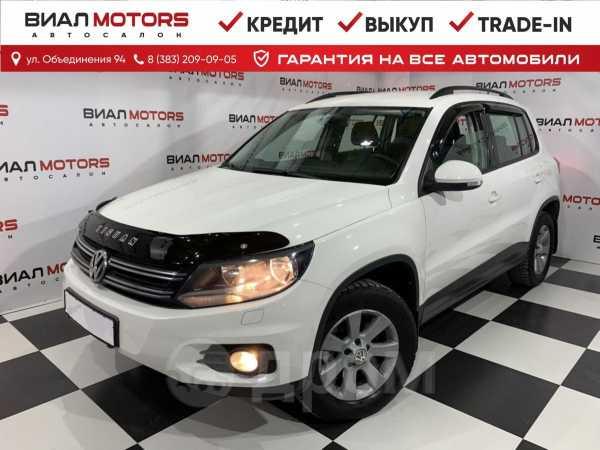 Volkswagen Tiguan, 2013 год, 939 000 руб.