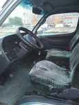 Toyota Hiace, 2002 год, 420 000 руб.