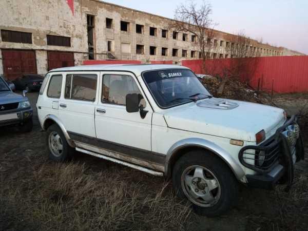 Лада 4x4 2131 Нива, 1999 год, 120 000 руб.