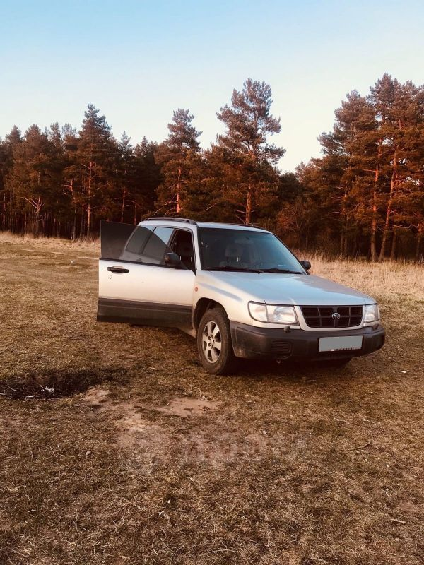 Subaru Forester, 1998 год, 190 000 руб.