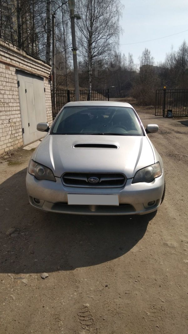 Subaru Legacy, 2004 год, 329 000 руб.