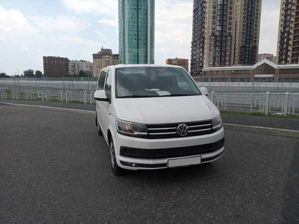 Volkswagen Caravelle, 2015 год, 1 950 000 руб.