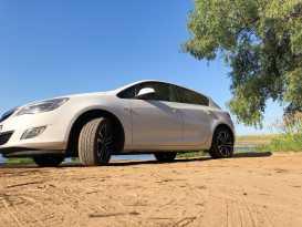 Чебоксары Opel Astra 2011