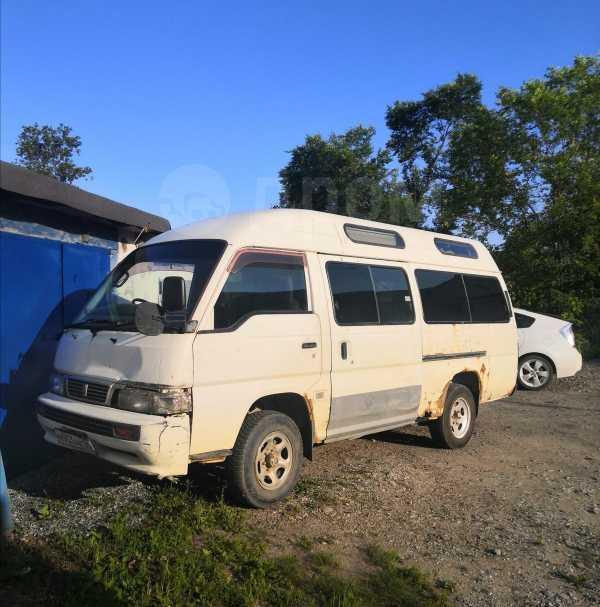 Nissan Caravan, 2001 год, 130 000 руб.