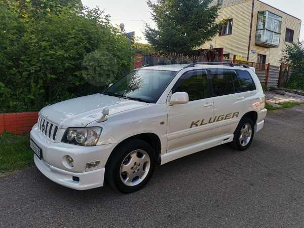 Toyota Kluger V, 2001 год, 695 000 руб.