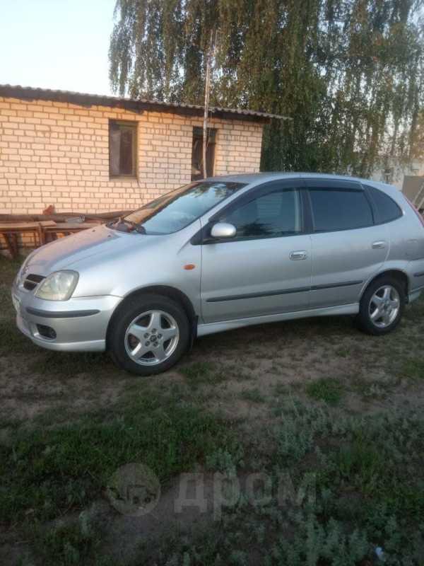 Nissan Tino, 2002 год, 230 000 руб.