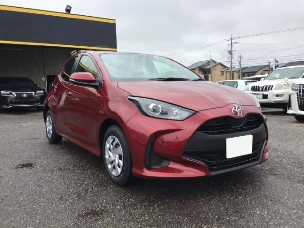 Toyota Yaris, 2020 год, 1 327 000 руб.