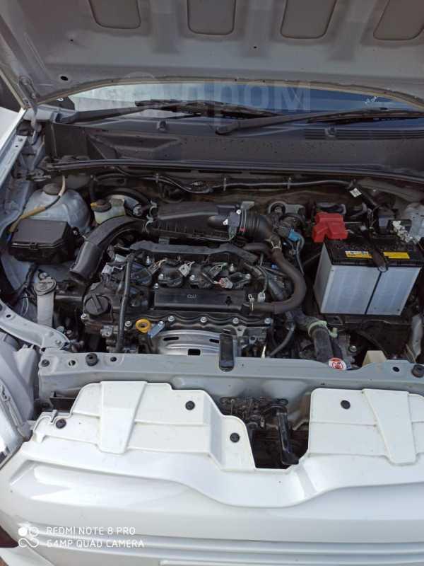 Toyota Probox, 2017 год, 660 000 руб.