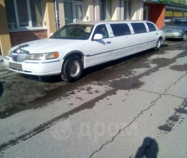 Lincoln Town Car, 1997 год, 450 000 руб.