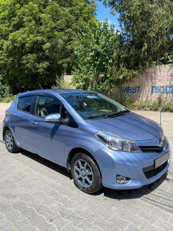 Toyota Vitz, 2011 год, 330 000 руб.