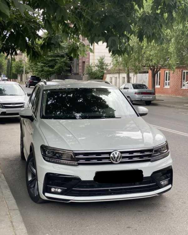 Volkswagen Tiguan, 2018 год, 2 000 000 руб.