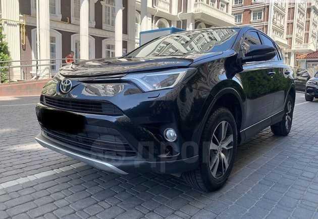 Toyota RAV4, 2015 год, 900 000 руб.