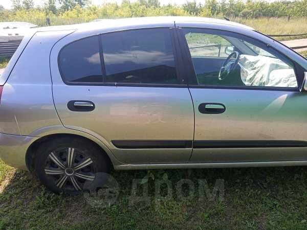 Nissan Almera, 2003 год, 90 000 руб.