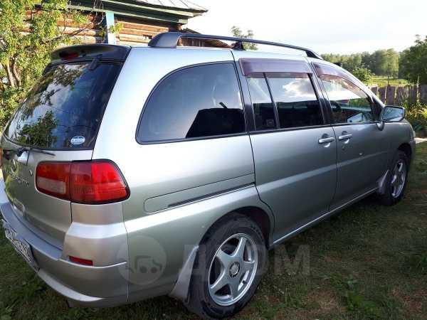 Nissan Liberty, 2001 год, 284 000 руб.