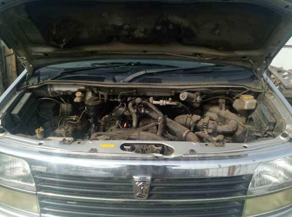 Nissan Elgrand, 1998 год, 470 000 руб.