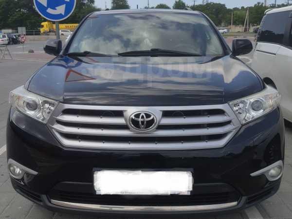 Toyota Highlander, 2011 год, 1 330 000 руб.