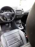 Volkswagen Tiguan, 2010 год, 590 000 руб.
