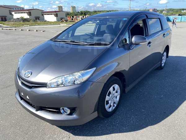 Toyota Wish, 2016 год, 900 000 руб.
