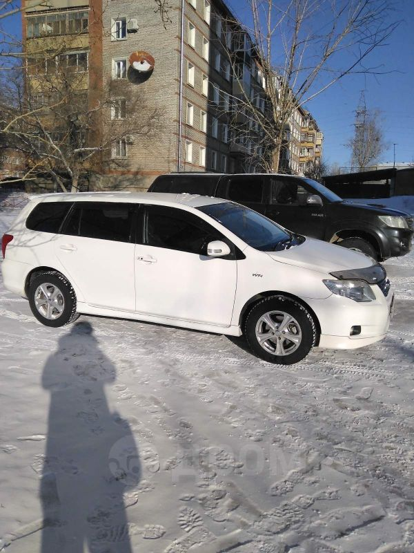 Toyota Corolla Fielder, 2007 год, 550 000 руб.