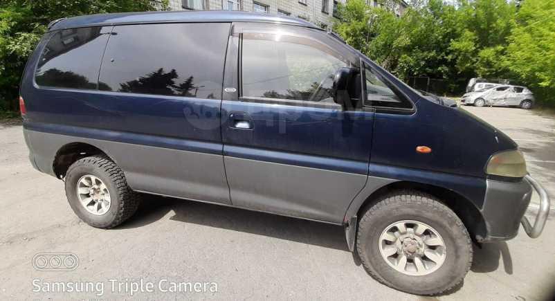 Mitsubishi Delica, 1996 год, 340 000 руб.