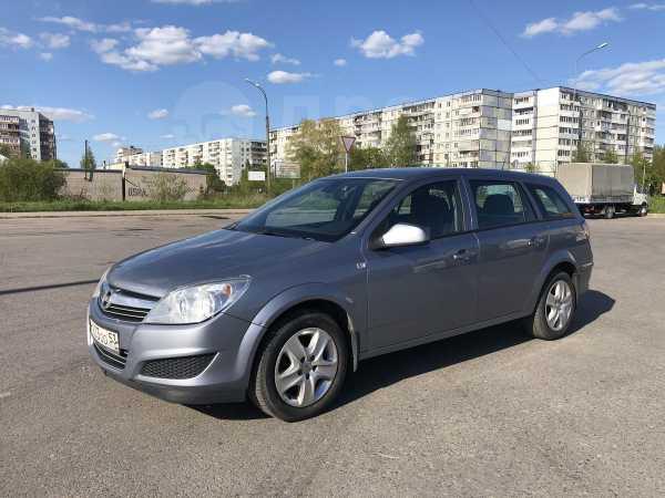 Opel Astra Family, 2011 год, 339 000 руб.