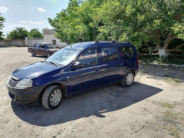 Dacia Logan, 2008 год, 230 000 руб.