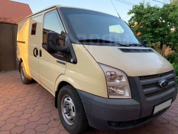 Ford Tourneo Connect, 2013 год, 735 000 руб.