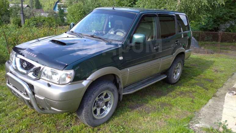 Nissan Terrano II, 2002 год, 390 000 руб.