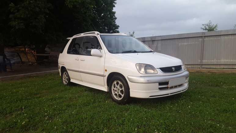 Toyota Raum, 2002 год, 230 000 руб.