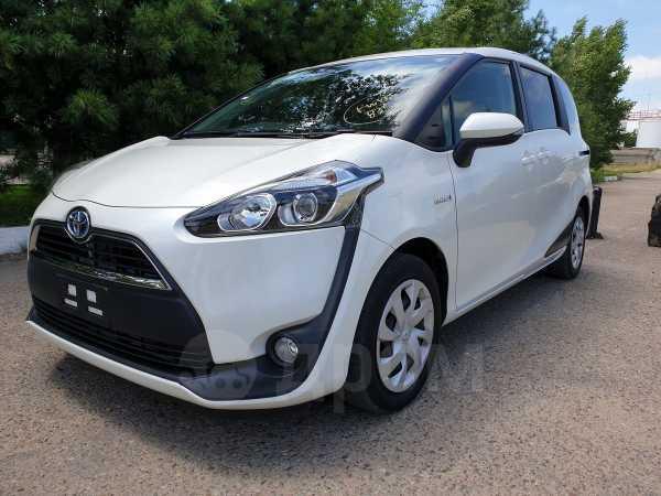 Toyota Sienta, 2016 год, 795 000 руб.