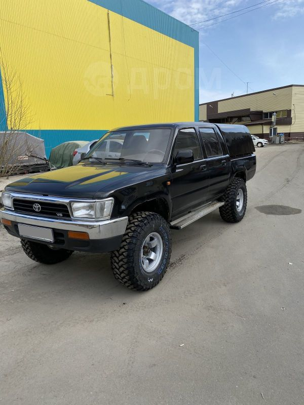 Toyota Hilux Pick Up, 1989 год, 520 000 руб.