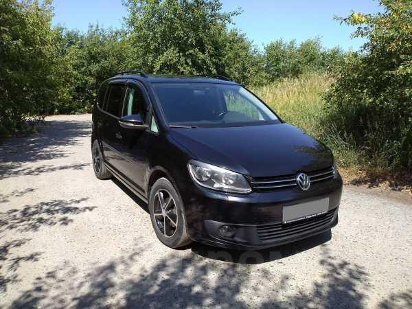 Volkswagen Touran, 2013 год, 745 000 руб.