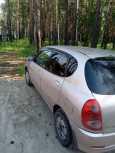 Toyota Duet, 2002 год, 145 000 руб.